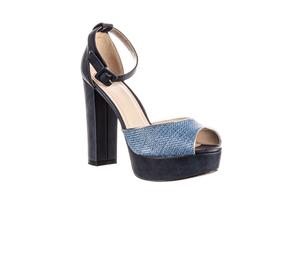 Laura Biagiotti Sandále K234